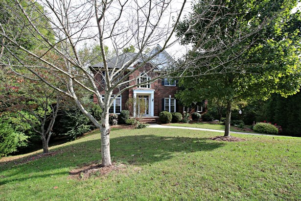 829 Livingstone Drive Ne, Concord, NC - USA (photo 2)