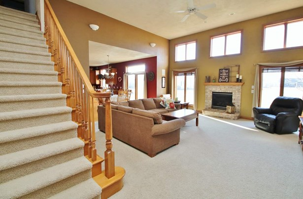 1.5 Story, Residential - WRIGHTSTOWN, WI (photo 3)
