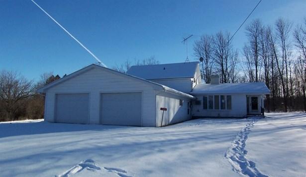 Farmhouse/National Folk, 1.5 Story - Gillett, WI