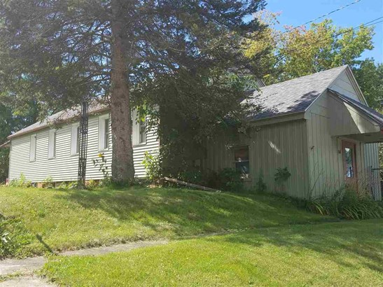1 Story, Residential - GILLETT, WI (photo 1)