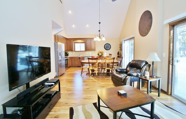 1.5 Story, Residential - ATHELSTANE, WI (photo 4)