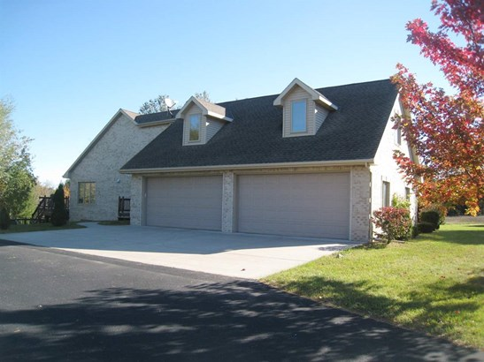 1.5 Story, Residential - OCONTO, WI (photo 3)