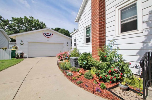 1.5 Story, Residential - GREEN BAY, WI (photo 4)