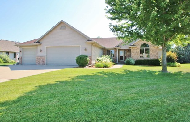 1 Story, Residential - DE PERE, WI (photo 1)
