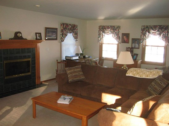Residential, 2 Story - GREEN BAY, WI (photo 3)