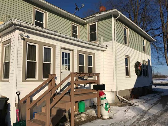 Residential, 2 Story - SEYMOUR, WI (photo 4)