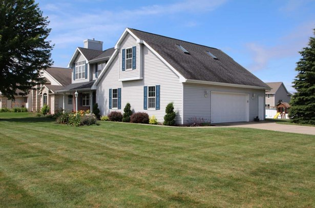 Residential, Bi-Level - GREEN BAY, WI (photo 2)