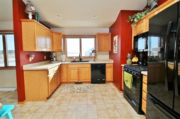 1 Story, Residential - WRIGHTSTOWN, WI (photo 2)