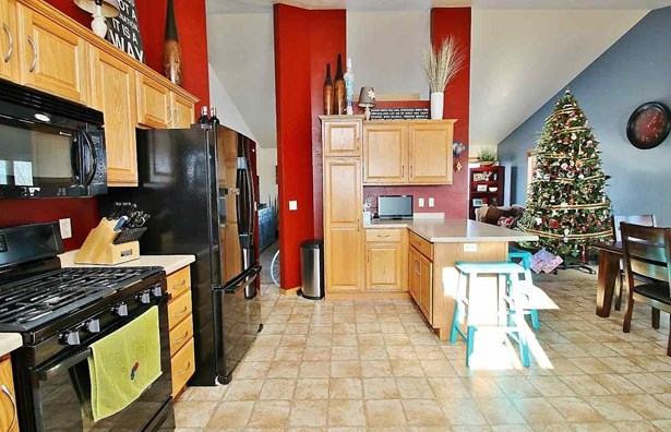1 Story, Residential - WRIGHTSTOWN, WI (photo 5)