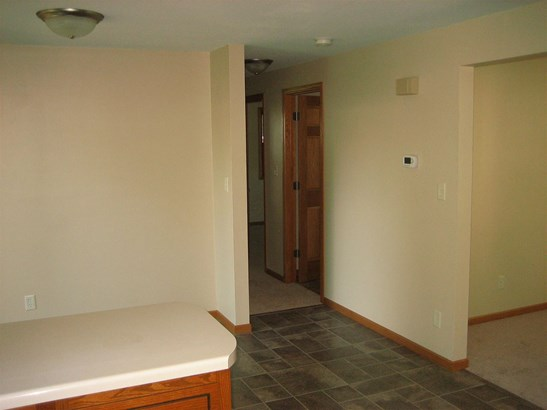 1 Story, Residential - GREEN BAY, WI (photo 4)
