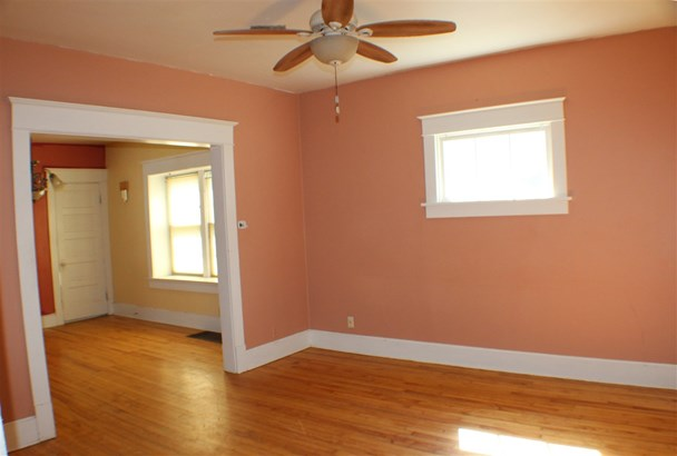 1.5 Story, Residential - GREEN BAY, WI (photo 3)