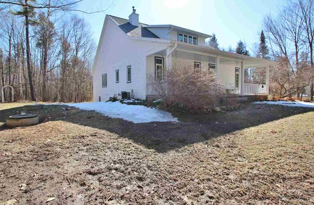 1 Story, Residential - NEW FRANKEN, WI (photo 3)