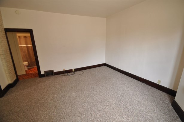 1 Story,2 side by side, Duplex (2 Unit) - GREEN BAY, WI (photo 5)