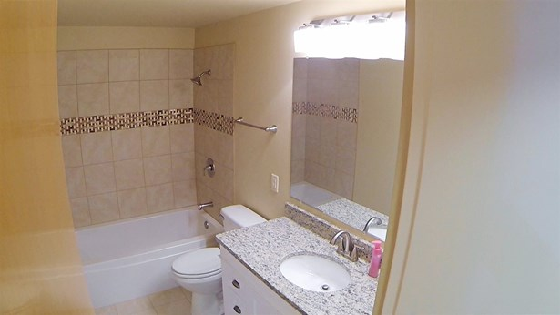 1.5 Story, Residential - GREEN BAY, WI (photo 5)