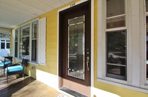 Residential, 2 Story - APPLETON, WI (photo 2)
