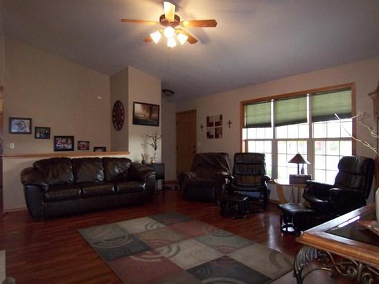 1 Story, Residential - PULASKI, WI (photo 3)