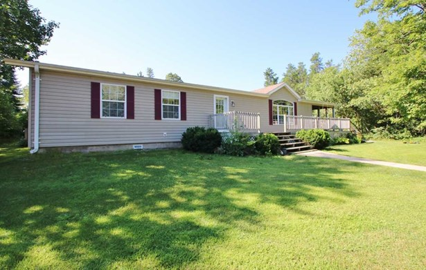 1 Story, Residential - CRIVITZ, WI (photo 2)