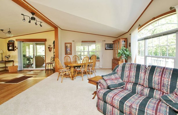 1 Story, Residential - CRIVITZ, WI (photo 4)