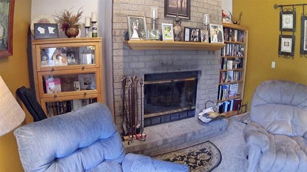 Residential, 2 Story - ONEIDA, WI (photo 4)