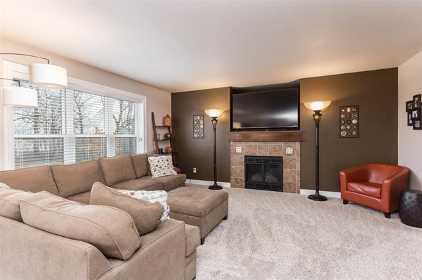 Residential, 2 Story - DE PERE, WI (photo 5)
