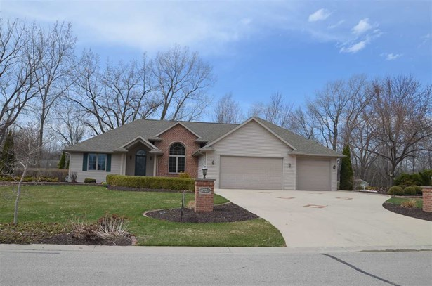 1 Story, Ranch - Suamico, WI (photo 1)