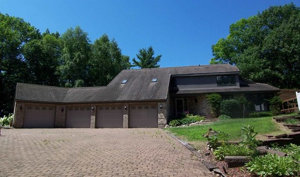 1.5 Story, Residential - ONEIDA, WI (photo 1)