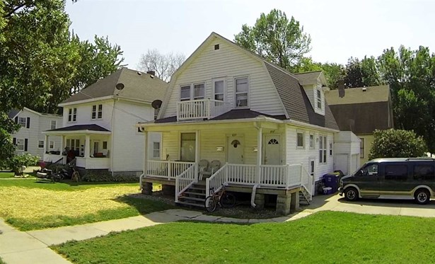 2 Story,2 Up and Down, Duplex (2 Unit) - GREEN BAY, WI (photo 1)