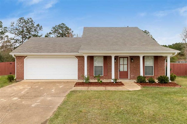 Traditional, Detached - Pearl, MS (photo 3)