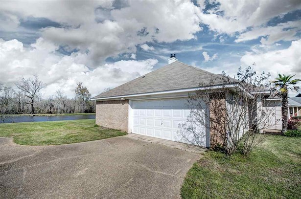 Traditional, Detached - Flowood, MS (photo 4)