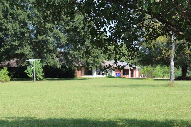 Ranch, Residential w/Acreage - Madison, MS