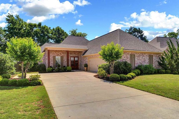 French Acadian, Detached - Madison, MS