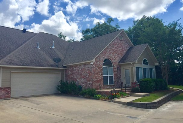 Condo, Traditional - Flowood, MS (photo 1)