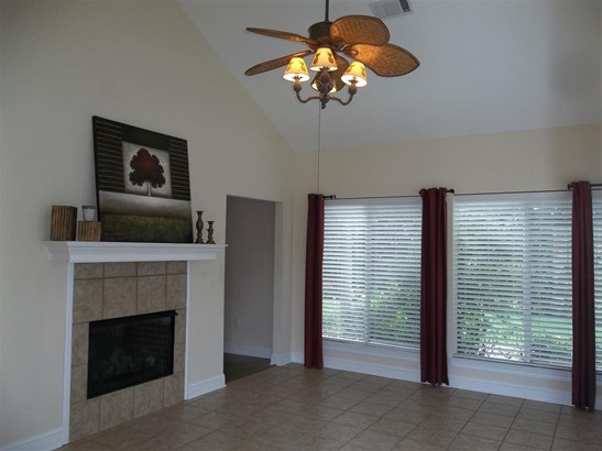 Condo, Traditional - Flowood, MS (photo 4)