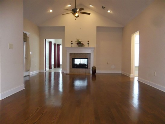 Condo, Traditional - Flowood, MS (photo 5)