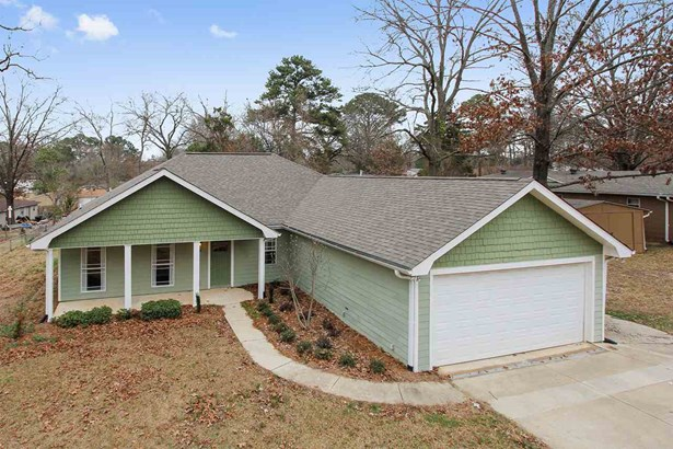 Bungalow,Traditional, Detached - Pearl, MS (photo 1)