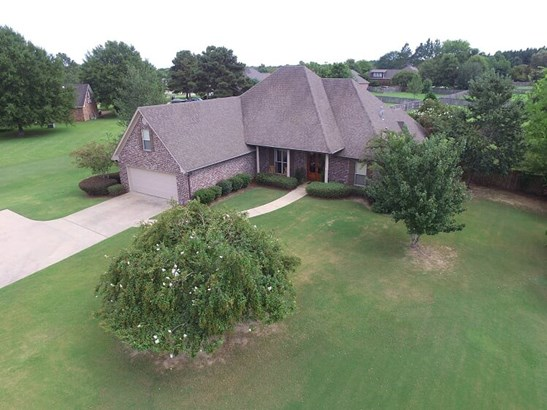 Traditional, Detached - Canton, MS (photo 1)