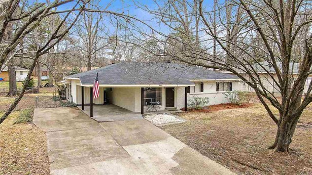 Traditional, Detached - Pearl, MS