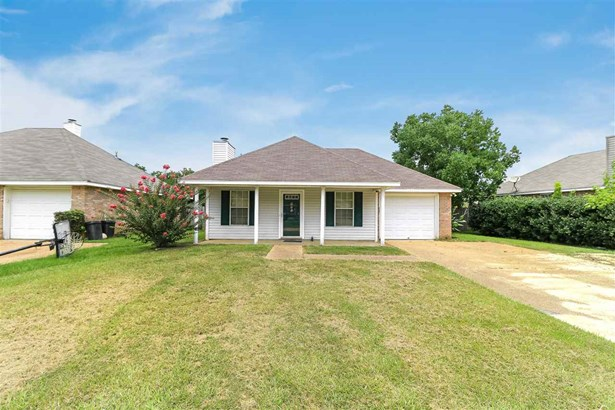 Traditional, Detached - Byram, MS (photo 1)