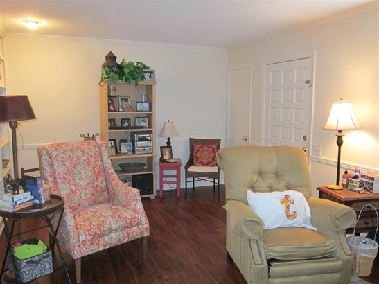 Townhome, Traditional - Brandon, MS (photo 2)
