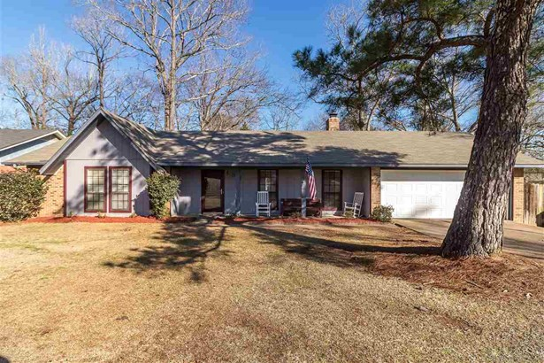 Traditional, Detached - Clinton, MS (photo 1)