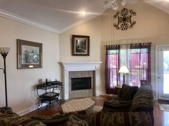 Townhome, Traditional - Flowood, MS (photo 4)