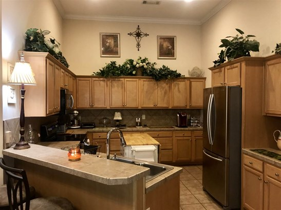 Townhome, Traditional - Flowood, MS (photo 5)