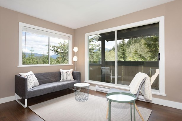 #302-2101 Castle Drive 302, Whistler, BC - CAN (photo 1)