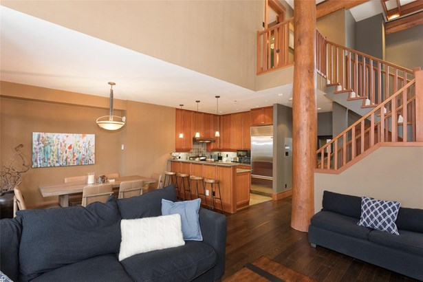 #2-2324 Taluswood Place 2, Whistler, BC - CAN (photo 5)