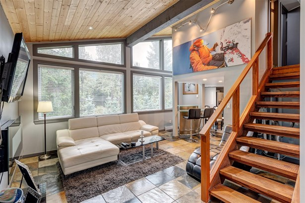 7094 Nesters Road, Whistler, BC - CAN (photo 1)