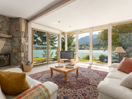 8997 Trudy's Landing, Whistler, BC - CAN (photo 4)