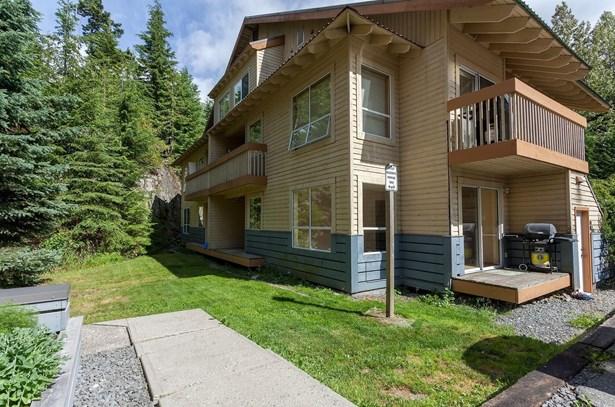 #b5-2230 Eva Lake Road B5, Whistler, BC - CAN (photo 1)