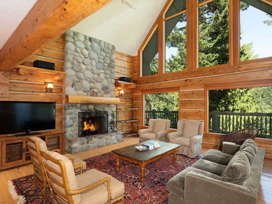 3457 Blueberry Drive, Whistler, BC - CAN (photo 2)