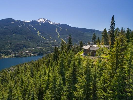 5454 Stonebridge Drive, Whistler, BC - CAN (photo 2)
