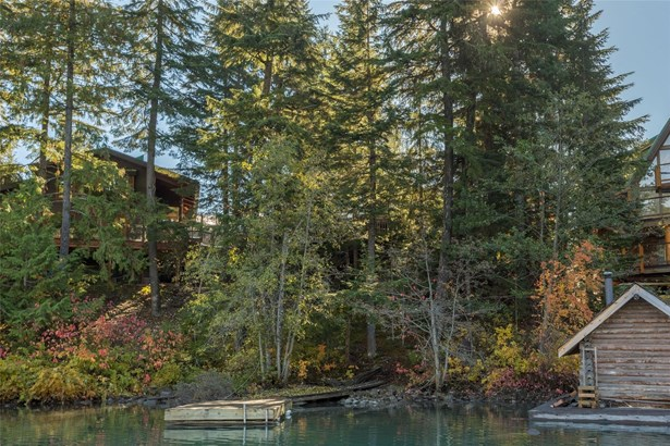 9289 Lakeshore Drive, Whistler, BC - CAN (photo 1)